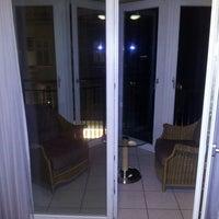 Foto tirada no(a) HSH Hotel Apartments Mitte por Art K. em 3/9/2014