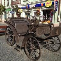 Снимок сделан в Улица Ольги Кобылянской пользователем Інна П. 10/18/2012