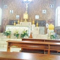 Photo taken at โบสถ์คริสตรัง อรุโณทัย by chalisa m. on 7/16/2014