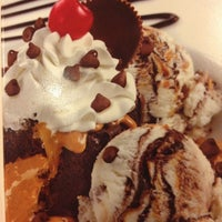 Photo taken at Friendly's by Marybeth K. on 2/27/2013