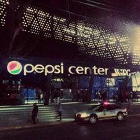 Foto tirada no(a) Pepsi Center WTC por Viri S. em 3/1/2013
