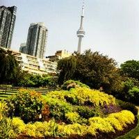 7/18/2013 tarihinde Fa A.ziyaretçi tarafından Toronto Music Garden'de çekilen fotoğraf