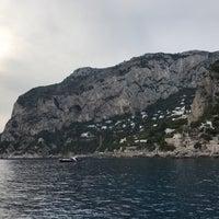Foto scattata a Marina Piccola di Capri da Alexey il 10/1/2017