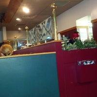 รูปภาพถ่ายที่ Marino's Pizza and Pasta House โดย Jeanne E. เมื่อ 9/29/2012
