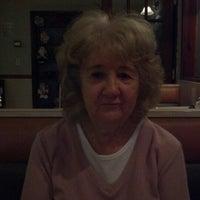 รูปภาพถ่ายที่ Rivertowne โดย Jeanne E. เมื่อ 11/27/2012