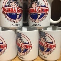 Photo taken at Bubba Gump Shrimp Co by Deb on 8/6/2017
