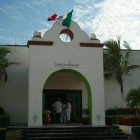 รูปภาพถ่ายที่ Hotel Chachalacas โดย Jaime P. เมื่อ 9/15/2012