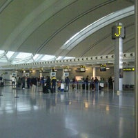Photo taken at Toronto Pearson International Airport (YYZ) by Peter Tarshis T. on 6/15/2013