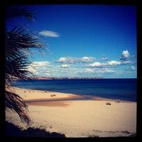 Foto tomada en Playa Mil Palmeras por Mark N. el 10/27/2012