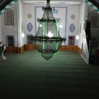 Photo taken at Hacı Ömer Arpacı Camii by Zehra Y. on 7/2/2014