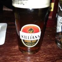 1/4/2013 tarihinde Todd R.ziyaretçi tarafından Claddagh Irish Pub'de çekilen fotoğraf