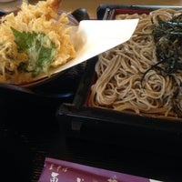 Photo taken at 生そば更科 by tomoyabungy on 8/15/2015