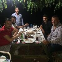Photo taken at ceviz altı kendin pişir kendinye by Yılmaz D. on 7/19/2018