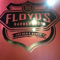 Photo taken at Floyd's 99 Barbershop by Anngelle on 11/30/2013