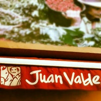Photo taken at Juan Valdez Café by Diego Fernando M. on 1/13/2013