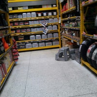 Photo taken at Homecenter y Constructor Av 68 Sur by Juan Carlos E. on 2/24/2013