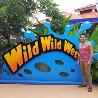 Photo taken at Wild Wild Wet by Ecnerual O. on 9/1/2013