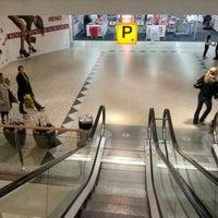 Das Foto wurde bei Linden-Center von Matthias F. am 10/2/2012 aufgenommen