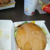 Das Foto wurde bei McDonald's von Matthias F. am 9/20/2012 aufgenommen