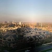 Photo taken at SPA InterContinental @ InterContinental Los Angeles by Андрей Б. on 3/21/2014