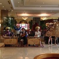 Photo taken at Sheraton Saigon Hotel & Towers by Evgenia on 1/29/2013