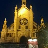 Foto scattata a Place Sainte-Catherine / Sint-Katelijneplein da Polina S. il 5/24/2013