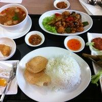 Photo taken at Lerk Thai by Yongshun on 2/17/2013