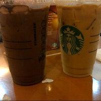 Photo taken at Starbucks by Noverinda G. on 1/17/2015