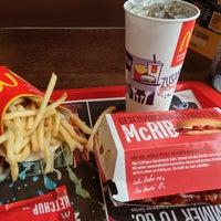 Das Foto wurde bei McDonald's von Tristan J. am 8/10/2014 aufgenommen