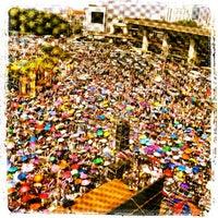 Photo taken at Victory Monument. ท่ารถอ่างทอง by Rob D. on 12/22/2013