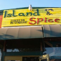 Photo taken at Island Spice Jamaican Restaurant by Yared F. on 9/30/2012