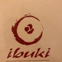 Foto tomada en Ibuki Sushi Bar por William F. A. el 5/31/2018