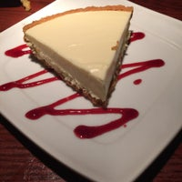 Photo taken at Red Lobster by Deatrice S. B. on 8/1/2015