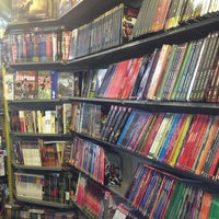 Foto diambil di Comic Stores oleh Virginia S. pada 12/20/2012