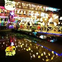 Photo taken at Saigon Boat by Izzuddin L. on 2/16/2014