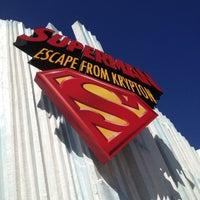Снимок сделан в Superman: Escape From Krypton пользователем Sari K. 10/19/2012