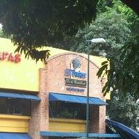 10/11/2012에 Zugey M.님이 Budare de La Castellana에서 찍은 사진