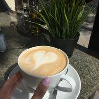 Das Foto wurde bei Cafe Pierre - Tomislav von Olga🎀 S. am 4/29/2016 aufgenommen