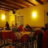 Photo taken at Pizzeria Ai gufi by Sara C. on 8/22/2013