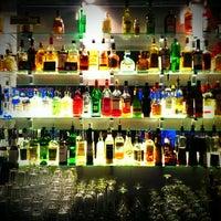 Снимок сделан в Daiquiri Bar пользователем Mike 🔱 . 6/28/2013