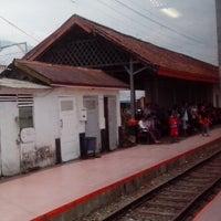 Photo taken at Stasiun Cicurug by Mujiastono on 11/9/2013