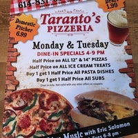 Photo taken at Taranto's Pizza Barn by Jessica Nayeli M. on 6/21/2017