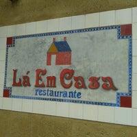 Photo taken at Lá Em Casa by Joana B. on 12/31/2012