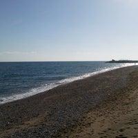 Photo taken at Ünlüselek Beach by CEO Ares E. on 11/9/2017