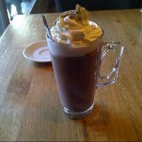 Das Foto wurde bei SWT Cafe von Selin O. am 1/16/2013 aufgenommen