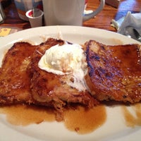 Photo taken at Cracker Barrel Old Country Store by Tammy on 9/29/2012