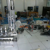Photo taken at Laboratorium Mekatronika by Fariz A. on 4/7/2013