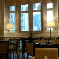 Photo taken at Straits Room @ Fullerton Hotel by Myokee on 7/30/2014