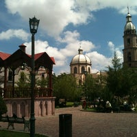 รูปภาพถ่ายที่ Huejuquilla El Alto โดย Eloy M. เมื่อ 6/25/2013