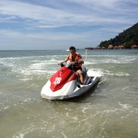 Photo taken at Mutiara Burau Bay Beach Resort by Vladimir on 1/4/2013